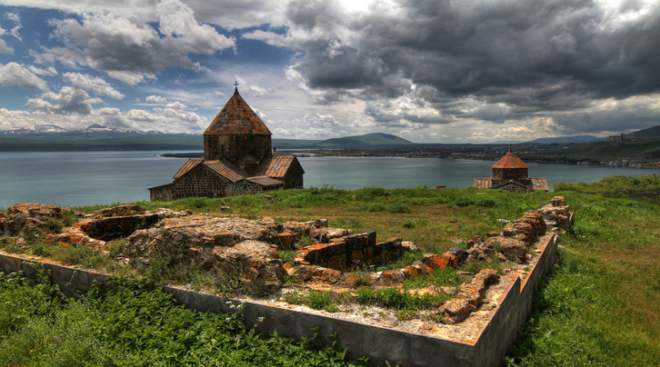 lake-sevan-dilijan-haghartsin-parz-lake